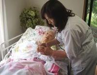 被災地で高齢者を守る「1人訪問看護ステーション」の奮闘