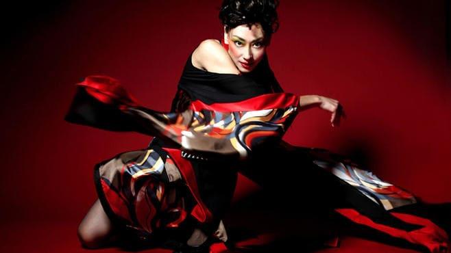 アジアと南米で大ウケする「着物ドレス」の正体