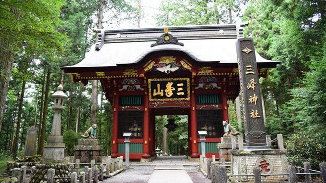 三峯神社の何が多くの人々を引き付けるのか