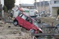 大震災で発生したがれきや廃自動車の行方、宮城県内だけでがれき1800万トン、廃自動車14万台