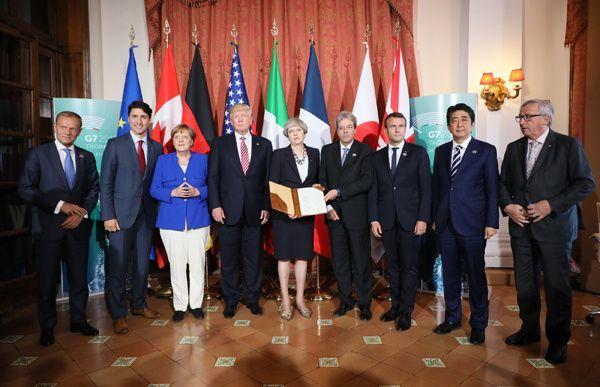 2017年のイタリアのG7サミットに勢ぞろいした首脳たち(写真:内閣広報室)