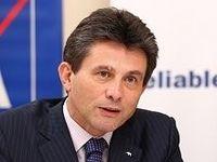 収益・財務基盤は強固、欧州債務危機の影響軽微--アクサグループCEO アンリ・ドゥ・キャストゥル