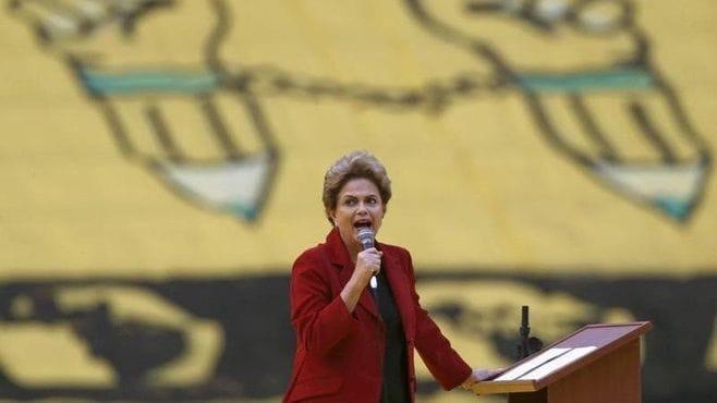 沈没寸前ブラジル、どうしたら立て直せるか