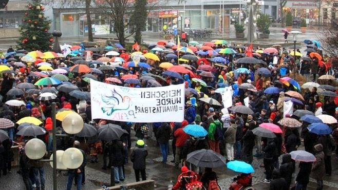 ドイツの小学生が「デモの手順」を学ぶ理由