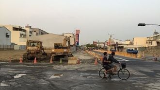 なぜ震災前後で一変?台南ビル倒壊地域の今
