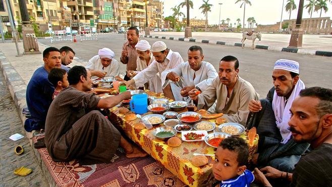 ラマダンで太るイスラム教徒の知られざる食