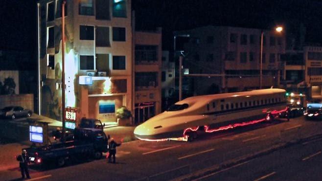 「道路を走る新幹線」はこんなに手間がかかる