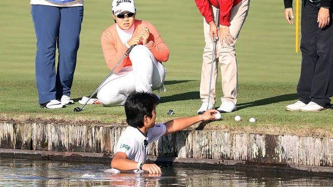 女子ゴルフで「68罰打」課したルールの本質