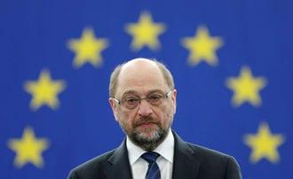 庶民派シュルツ氏、メルケル首相に勝てるか