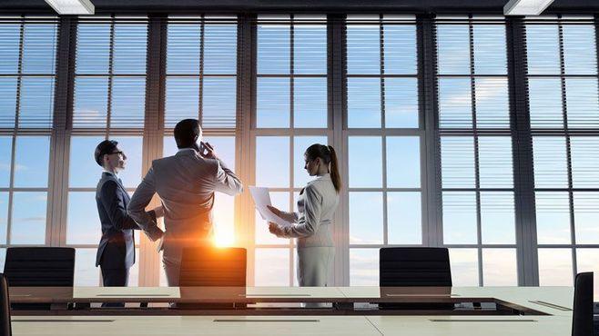 「正社員が少ない」上場企業300社ランキング