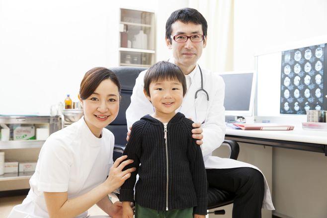 スマホが原因?「幼児期の近視」は進行が速い