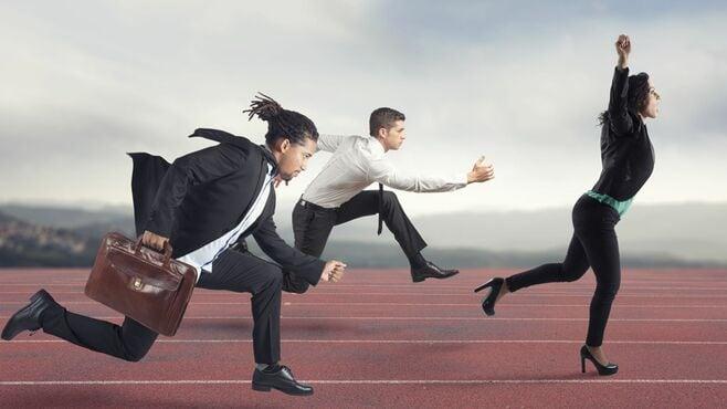競走馬のように走り続ける現代人の「教養」信仰