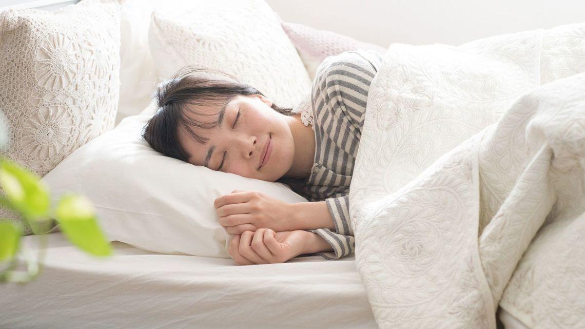 叫ぶ 寝 てる 時 寝ながら怒鳴る・叫ぶ、体が動く症状は?