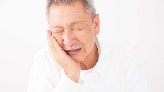 高齢者の虫歯が悪化しやすく危険すぎるワケ