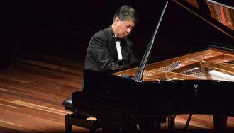 これぞクラシックピアノ界の「リアル二刀流」