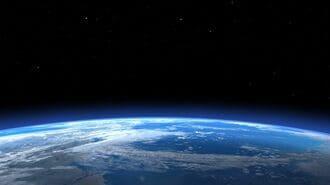飛行機で200万マイル貯めて宇宙旅行という裏技