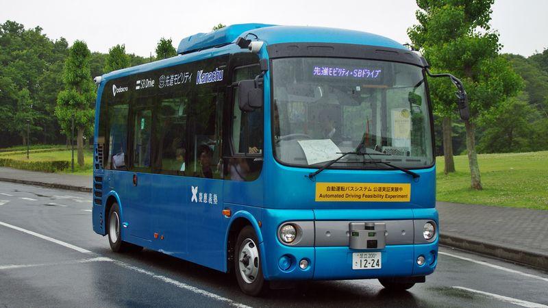 小田急「自動運転バス」で夢見る鉄道新時代 | ローカル線 ...