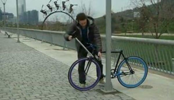 ... 発想、「絶対盗めない自転車