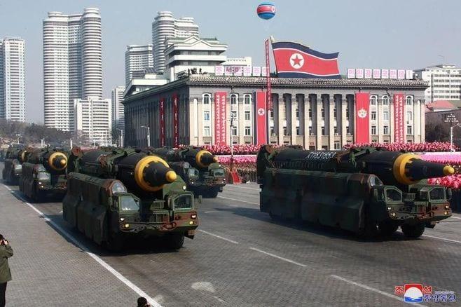 北朝鮮・金委員長、「核実験施設を廃棄」を決定