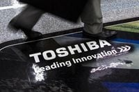 Toshiba Posts Net loss, Plans Restructuring to Put Scandal Behind It