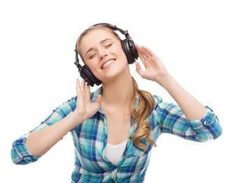 脳を鍛えたければ「ラジオ」を聞け!