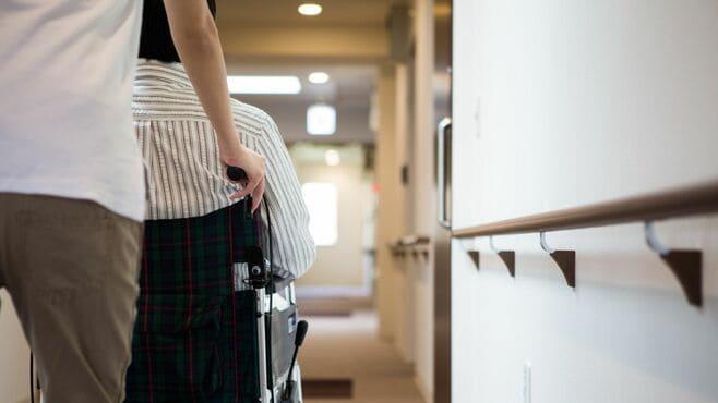 老人ホーム倒産が過去最多、入居者襲うリスク
