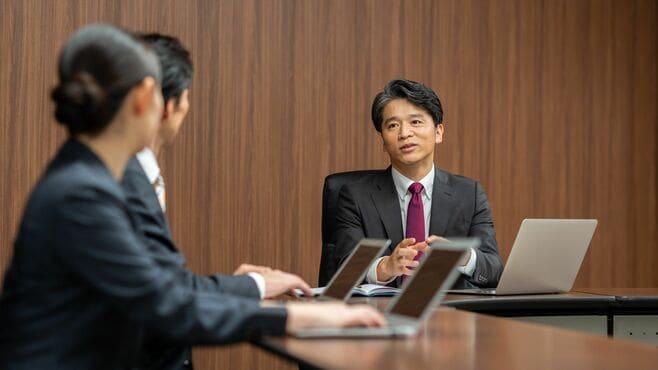 """意味ない「ダメ会議」を変える3つの""""頭の使い方"""""""