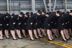 女子大生「皆とおんなじハイヒール履いて就職活動楽しいな^^」←に対する国際社会の反応をご覧ください [無断転載禁止]©2ch.net YouTube動画>2本 ->画像>55枚