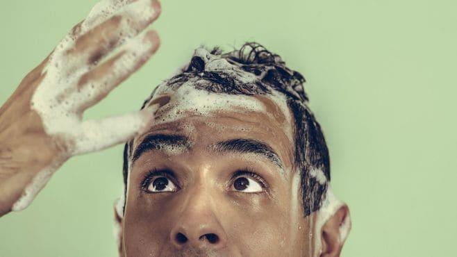 「シャンプーの使いすぎ」が招く薄毛のリスク