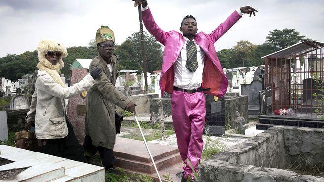 貧しくも世界一エレガントなコンゴの男たち