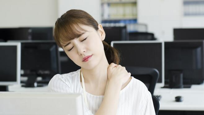 「肩こり・腰痛」がつらい人に教えたい3つの動き