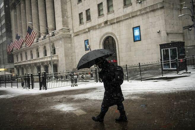 金利上昇への警戒感広がり株高に失速の懸念