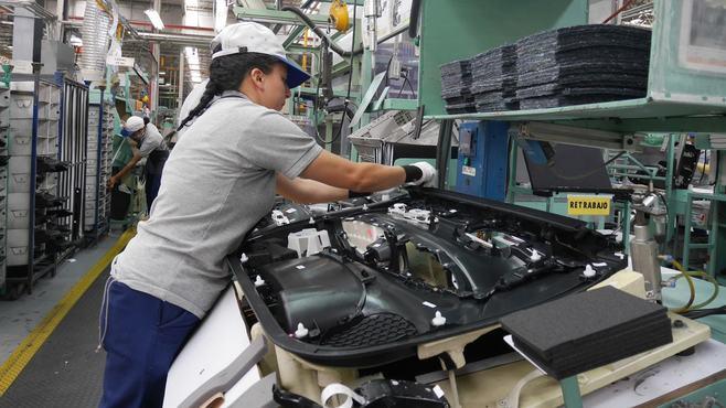 製造業の「国内回帰」は一時的現象にすぎない