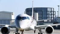 Japan's First Passenger Jet Makes Maiden Test Flight