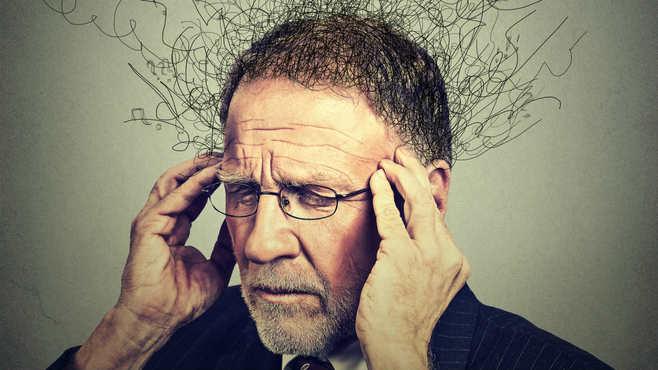 注意!認知症の兆候は3つの違和感に表れる