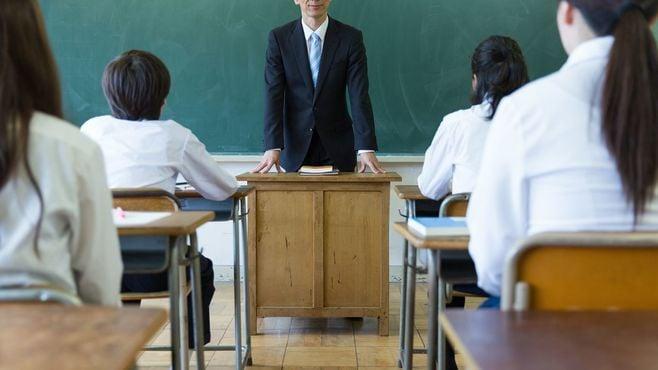 「愛国心」育成狙う日本政府の危うい教育方針
