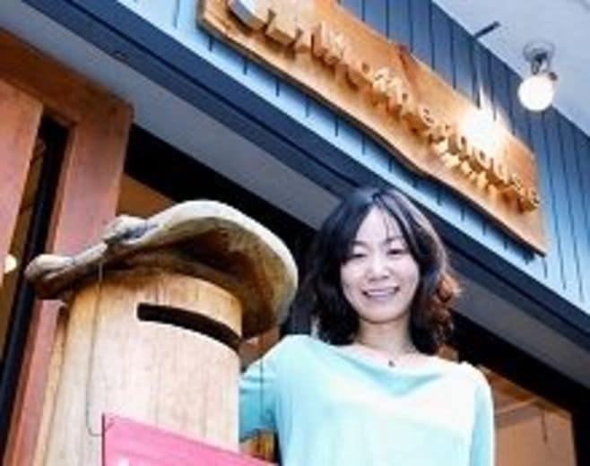 山口絵理子・マザーハウス代表取締役--カワイイが変える途上国、27歳「劇場経営」の突破力【中】