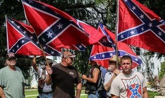 米国の人種差別は「旗」を下ろしても消えない