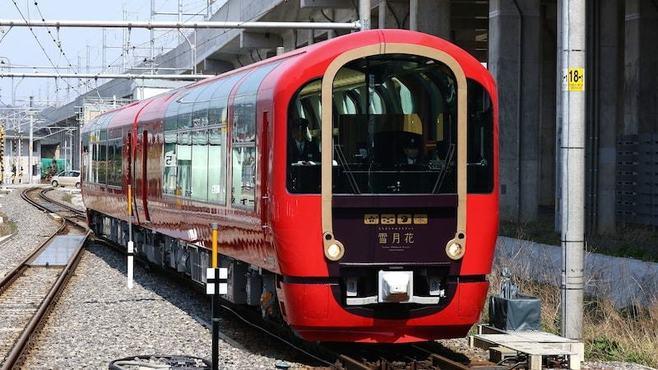 新潟の「ぶっ飛んだ」列車はこうして生まれた