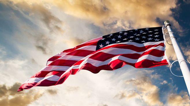 アメリカは「神の国」行きの巨大な列車だ