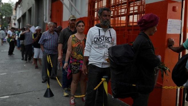 ブラジル大統領コロナ対策に「超消極的」なワケ