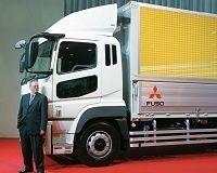 トラック新規制の重荷、相次ぐ自前路線との決別