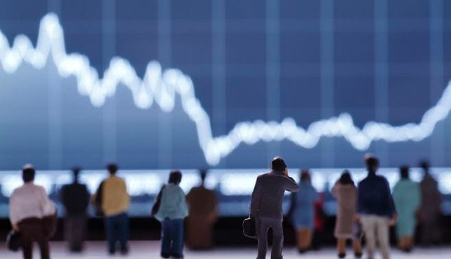 株式市場と住宅市場は、いずれ反落する