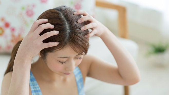肩こりに悩む人に教えたい「頭皮のほぐし方」