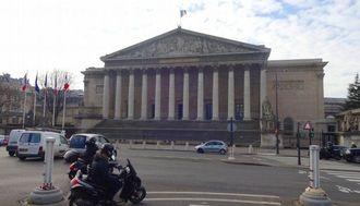 フランス大統領選、「悪夢のシナリオ」はあるのか
