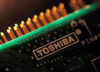 Facing Huge Writedown, Toshiba Decides to Sell Part of Memory Chip Business