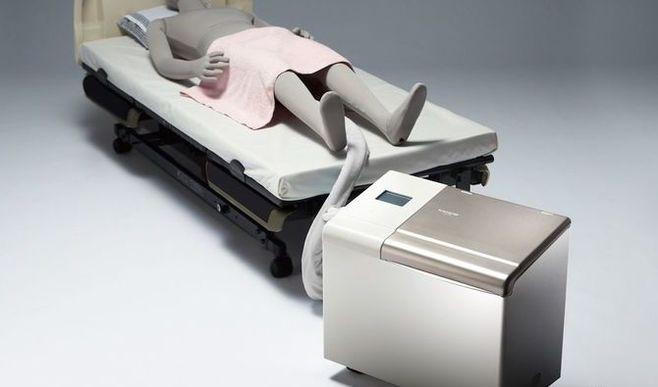 「自動排泄処理装置」が目指す介護の負担軽減
