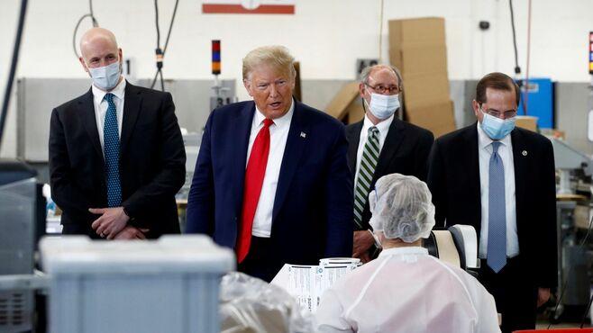「絶対にマスクしない」米大統領が起こす大波紋