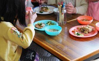 給食中止「食うに困る子」143万人の切実な事情