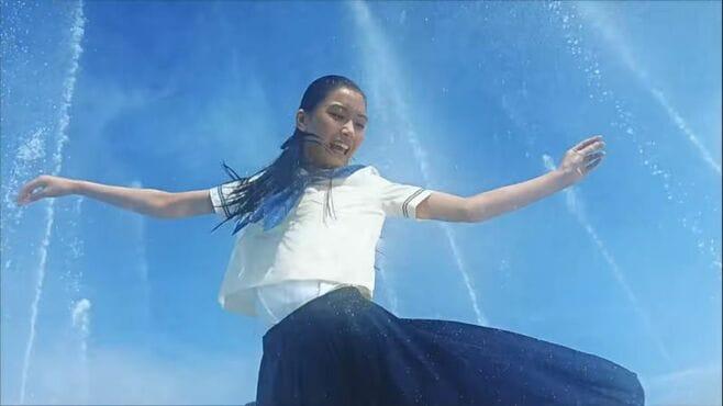 夏の「ポカリ」CMが女子中高生の心を捉えた理由